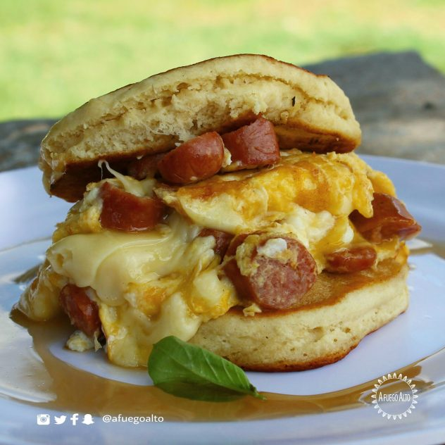 Pancake sandwich - La Desayuneria