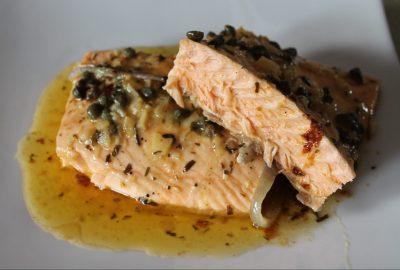 Video receta: Salmón en salsa de estragón