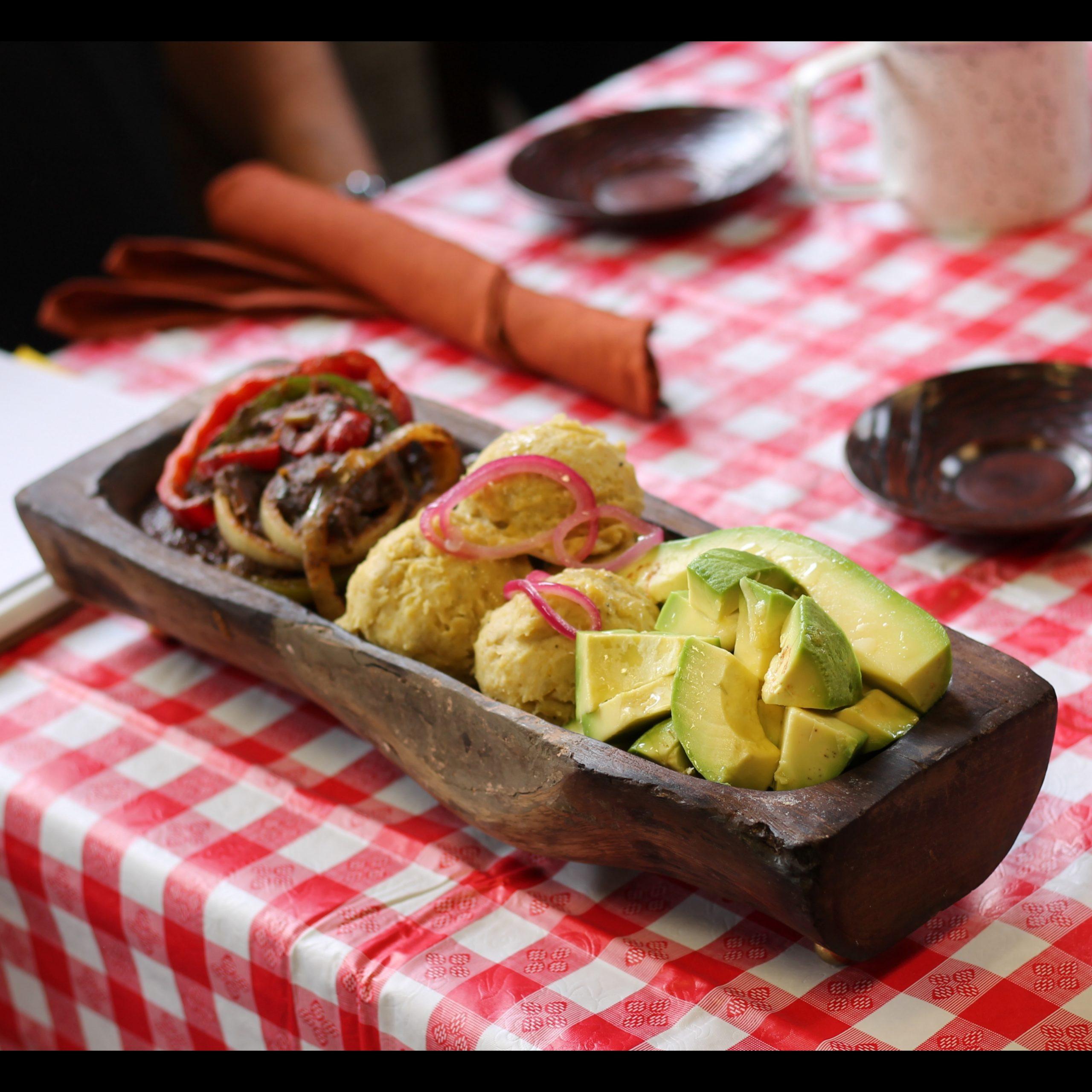 La cocina de Arismendy - Mangú con chivo guisado - Mangu Challenge Lawrence